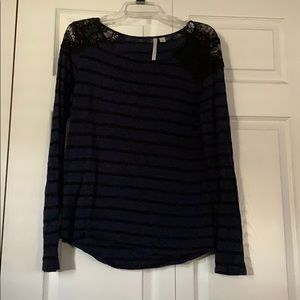 LC Lauren Conrad black and blue long sleeve top